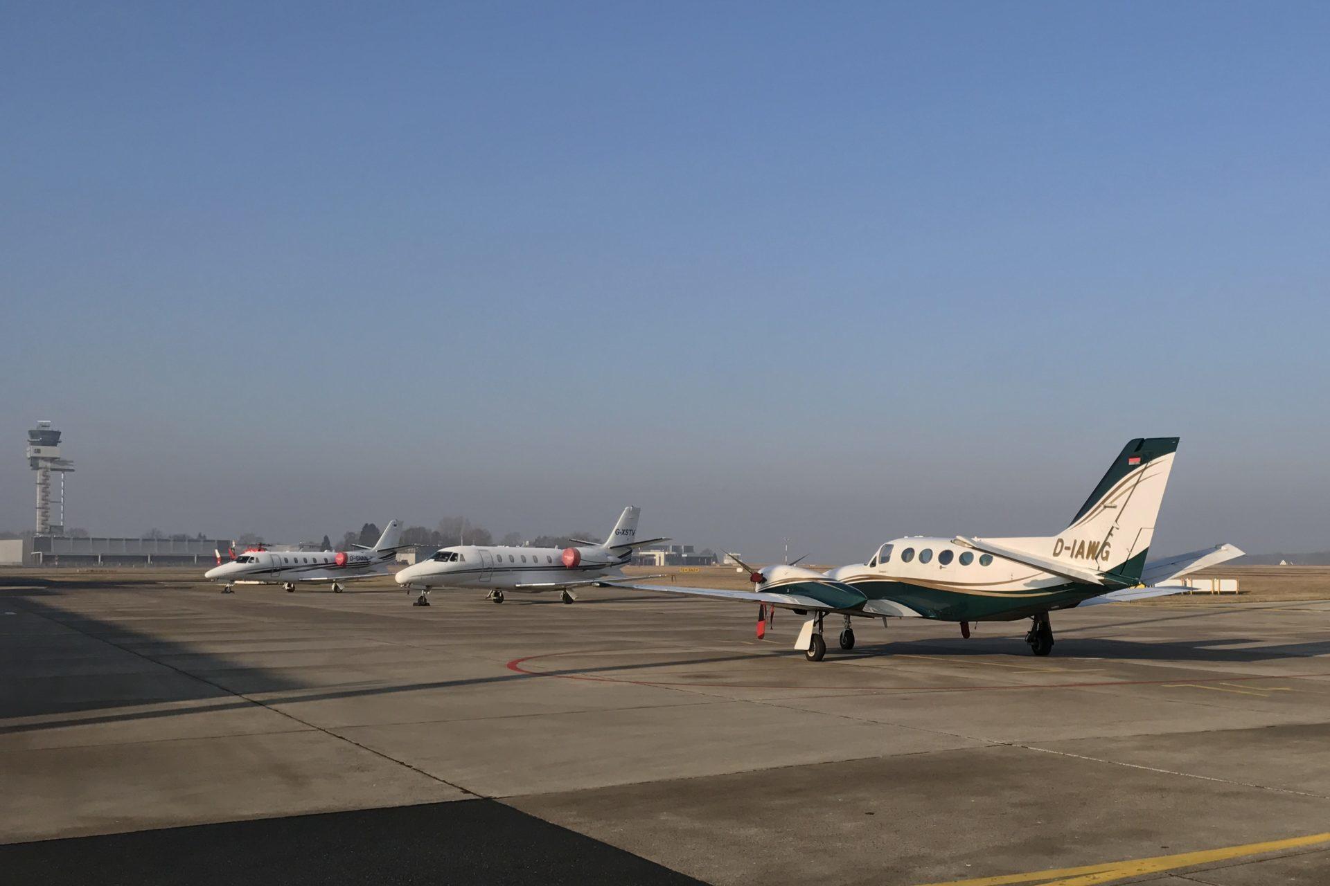Flughafen Hannover Langenhagen Abflug und Ankunft